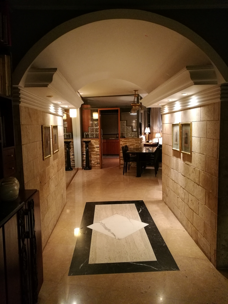 Raed Elquesny residence